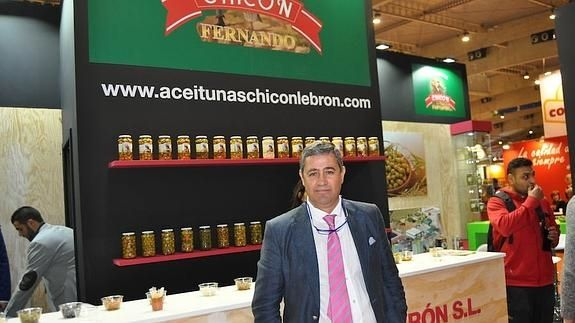 Aceitunas Chicón Lebrón in Alimentaria Barcelona searchs customers to sell its products abroad